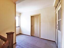 Vorflur DG (Zugang Dusche/Dachboden)
