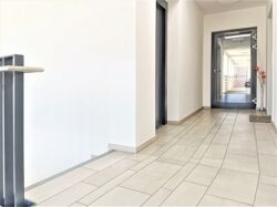 Treppenhaus / Wohnungseingang