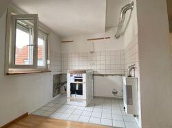 Küchenbereich mit Elektro-Herd
