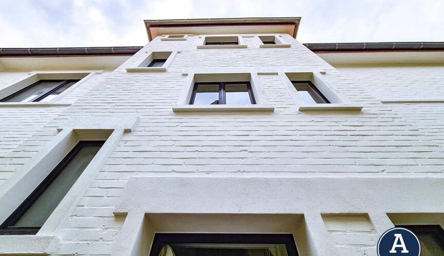 Aufwändige Fassadengestaltung