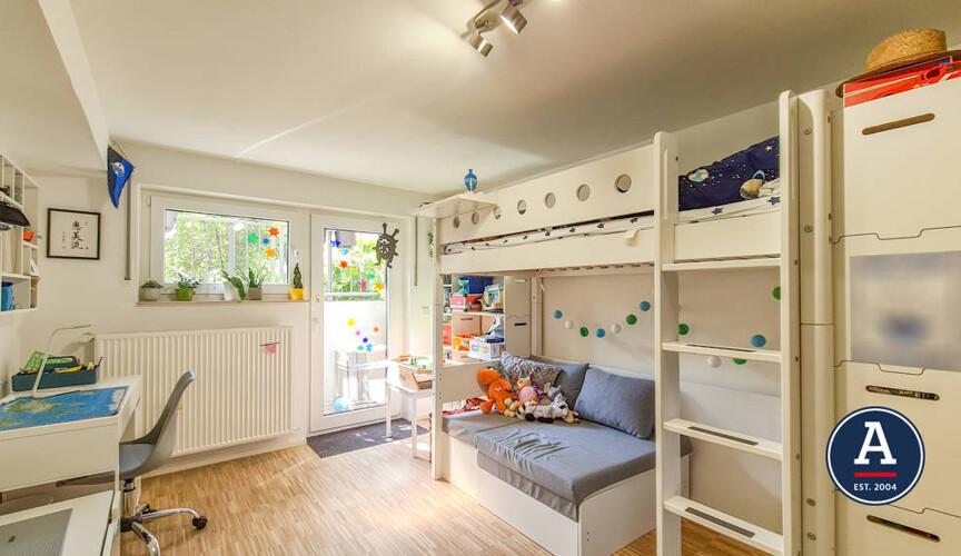 Kinderzimmer im Untergeschoss