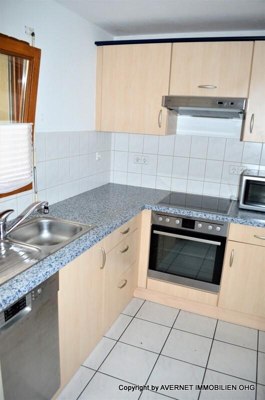 Separate Küche mit Einbauküche ELW