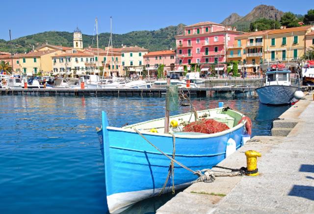 Bunte Häuser am Hafen
