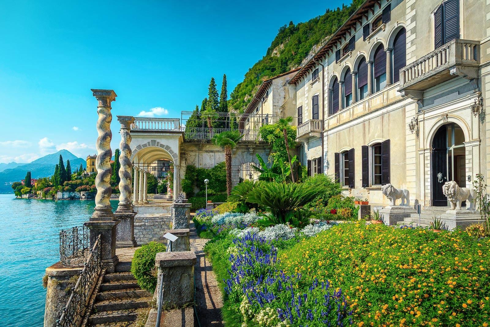 Gepflegte alte Villa am See