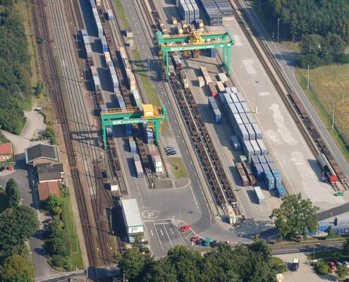 Warentransport per Gleis Luftaufnahme