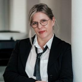 Frau Ilka Steinfeld