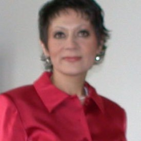 Frau Valentina Pauly